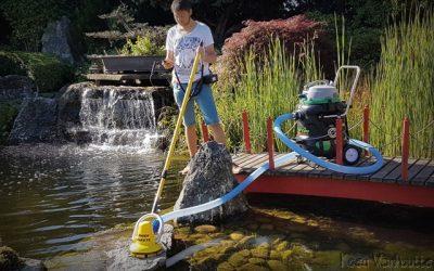 Automatische wandborstel muurborstel groen aanlaging algen zwemvijver vijveronderhoud BIBER 22 Vijverstofzuiger TORPEDO ULTRA