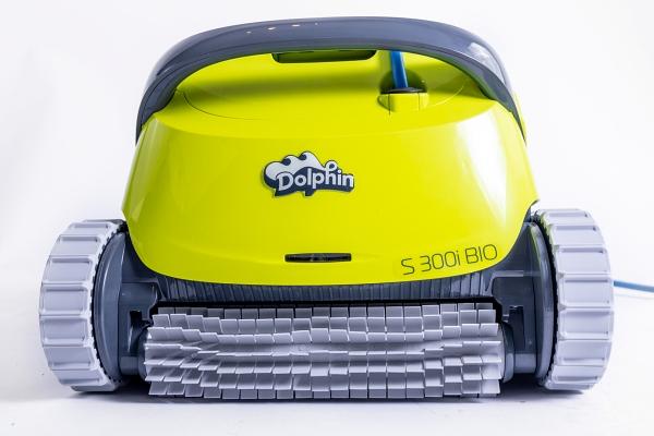 Dolphin zwembadrobot en Zwemvijverrobot, S300I model, ideale partner voor flexibel en veelzijdig zwemvijveronderhoud.