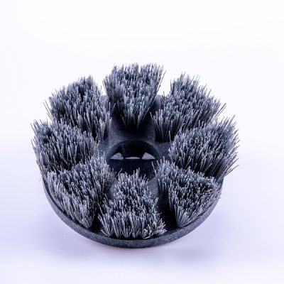 Natuursteenborstel: Tile & Grout brush. Voor grondig polijsten van tegels, natuursteen, baksteen, beton, cementsluier en mortelresten. Jet 3 Vloerreiniger en wandschrobber met automatisch spuitkop voor detergenten.