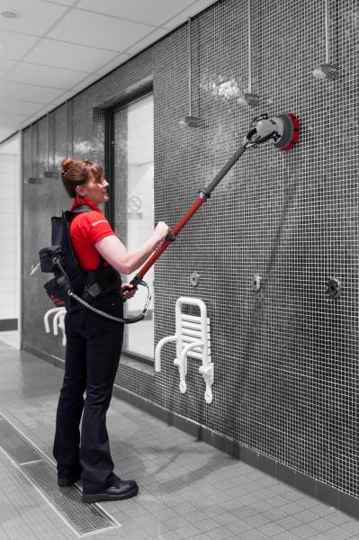 Red medium brush Opstand Borstel voor dorpels, trappen en opstanden. Jet 3 Vloerreiniger en wandschrobber met automatisch spuitkop voor detergenten.